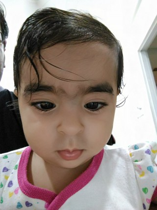 Image taken with the front camera of the Asus Zenfone Selfie