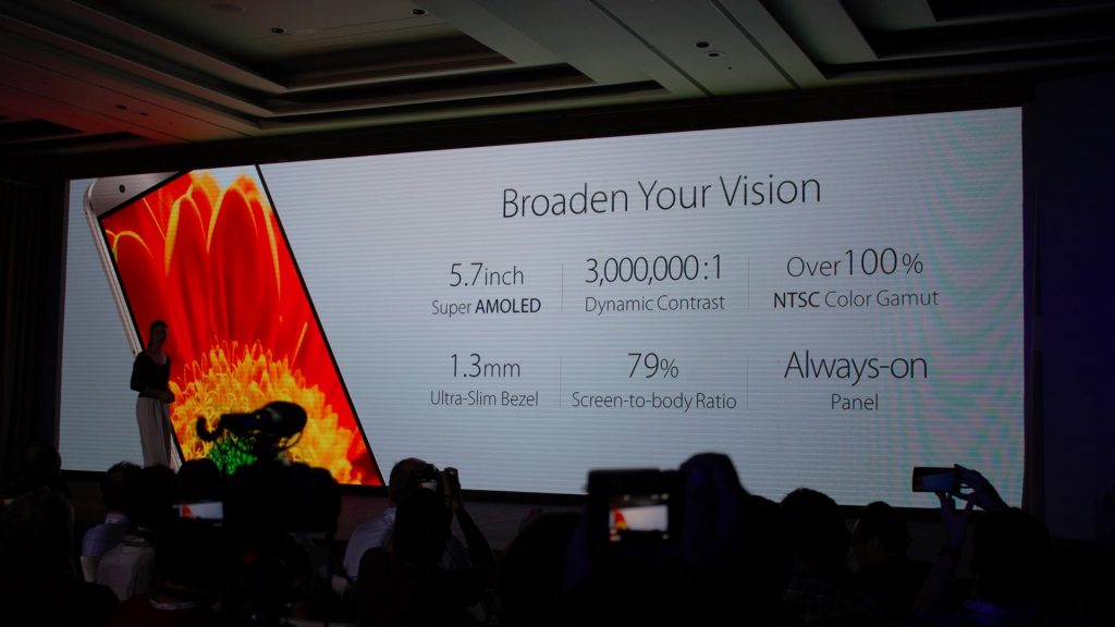 """5.7"""" super AMOLED with 1.3mm ultra-slim bezel with 79% screen to body ratio. Yep, ideally fit our requirements here."""