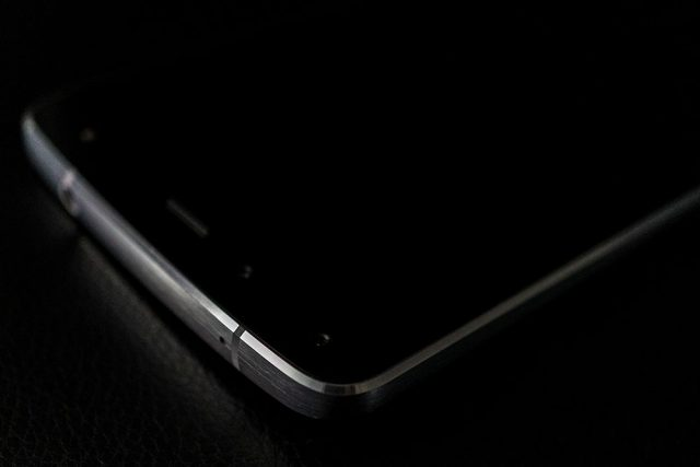 flash-new-phone-2