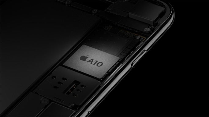 Apple and Amazon denies their servers were compromised by a tiny chip 19