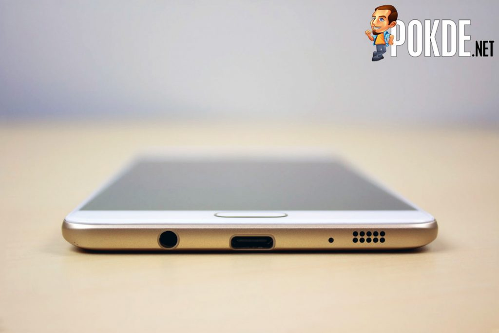 Samsung Galaxy C9 Pro Review - Largely Capable! 28