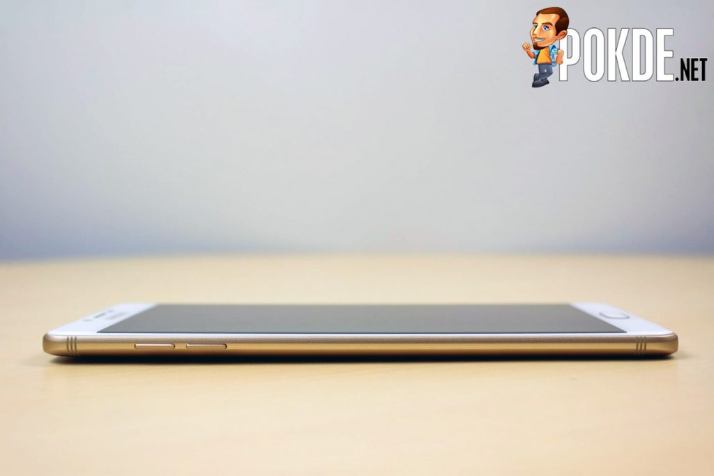 Samsung Galaxy C9 Pro Review - Largely Capable! 27