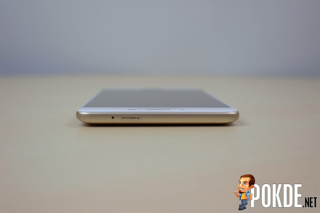 Samsung Galaxy C9 Pro Review - Largely Capable! 29