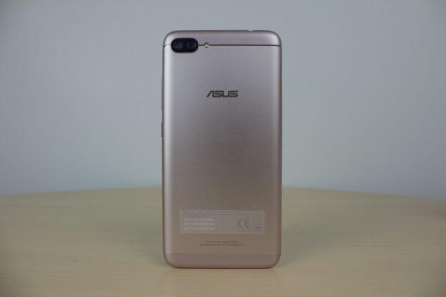 ASUS ZenFone 4 Max Pro (ZC554KL) Review - Maximum battery, minimum everything else 45