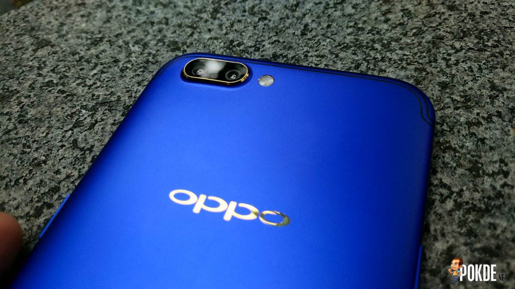 [EXCLUSIVE]Hands on with the OPPO R11 FC Barcelona Edition; do you bleed red (and blue)? 29