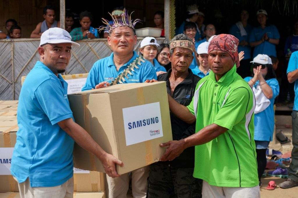 Samsung Set To Give Back To Community - Love & Care Is All We Need 24