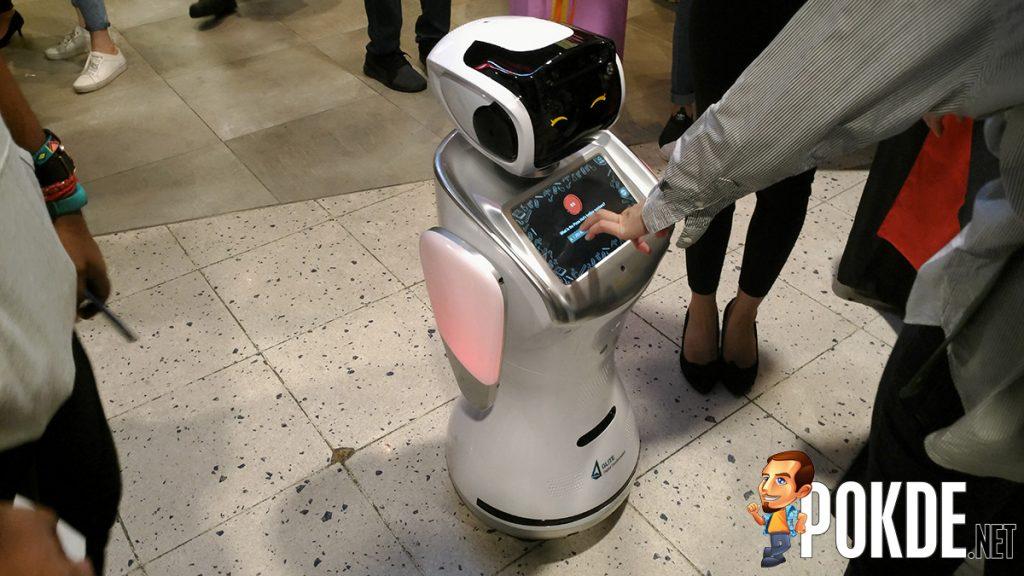 Pizza Hut goes digital – Robots, AR, Self service kiosk now in Malaysia 26
