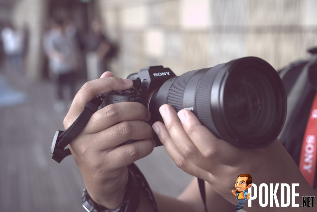 Sony announces α7R III; Interchangable lens camera combining resolution and speed 22