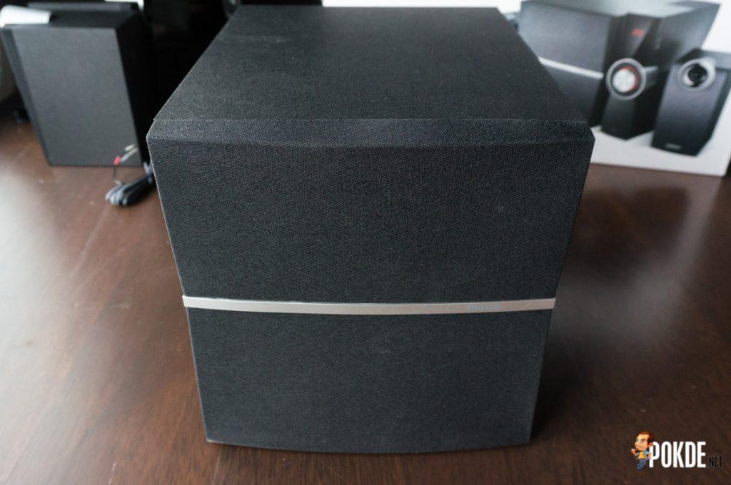Edifier C2XB 2.1 multimedia speaker review; great looks, average sound 40