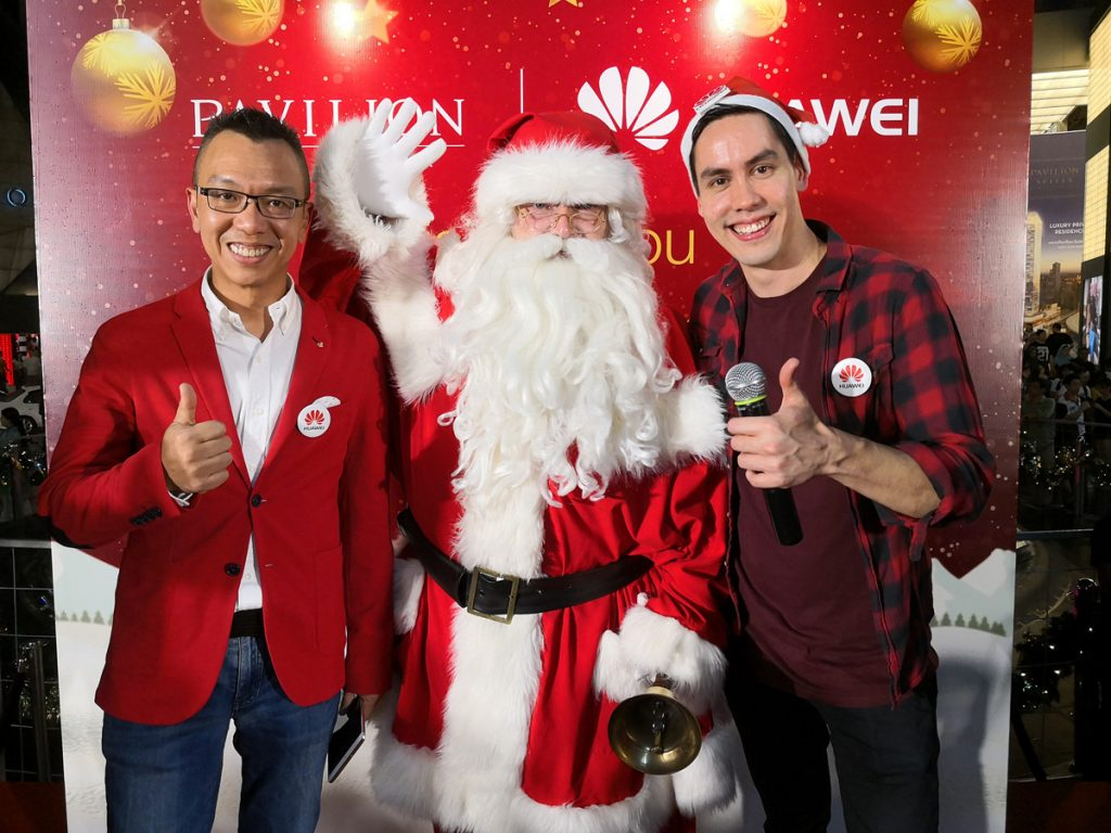 HUAWEI Delivers A Touch Of Christmas - Brings Snow To Life In Malaysia 24