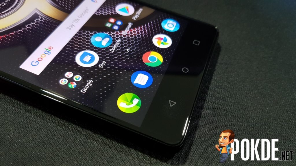 Lenovo K8 Note Review; As stock as it gets! 35
