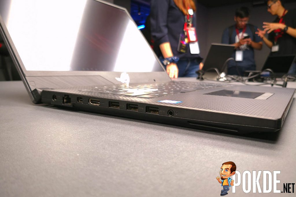 Hands on with the ROG Zephyrus S and ROG Strix SCAR II (GL704) — slim bezels are a must-have feature in gaming laptop! 31
