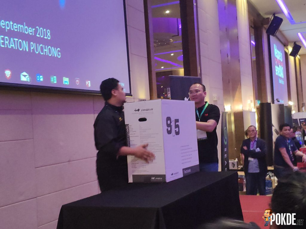 ServerDNA 3.0 Held — Gaming For The Future Indeed! 32