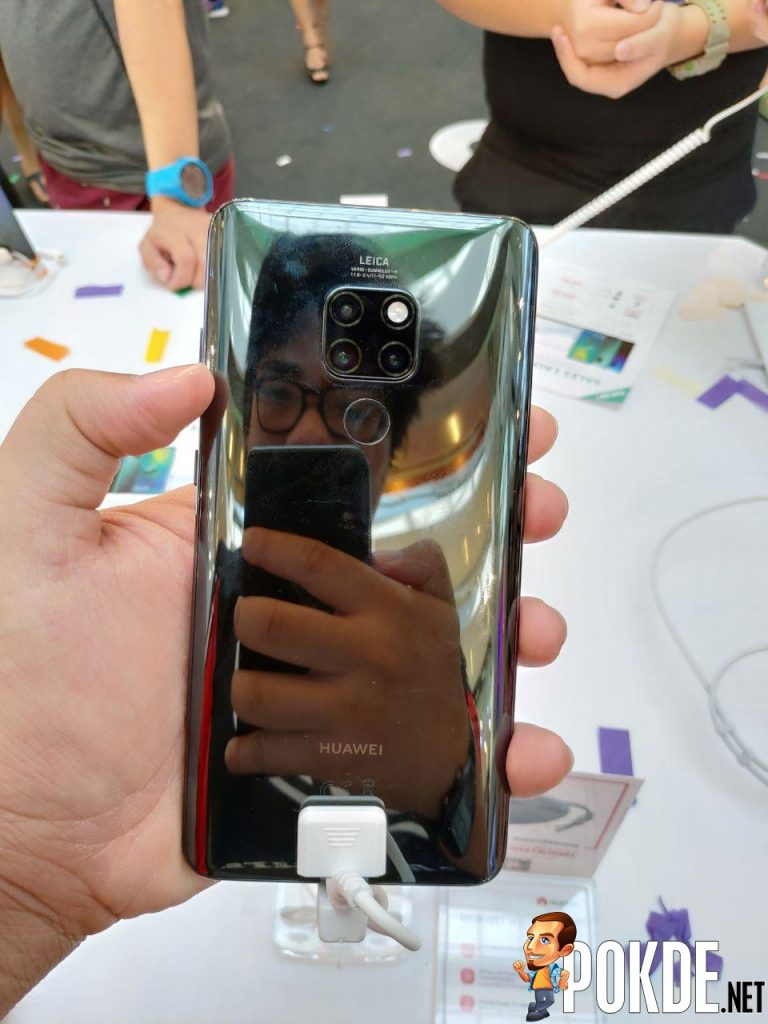 Huawei Mate 20 Series Officially Arrives In Malaysia - Massive crowds gathered for device's first day sales 31