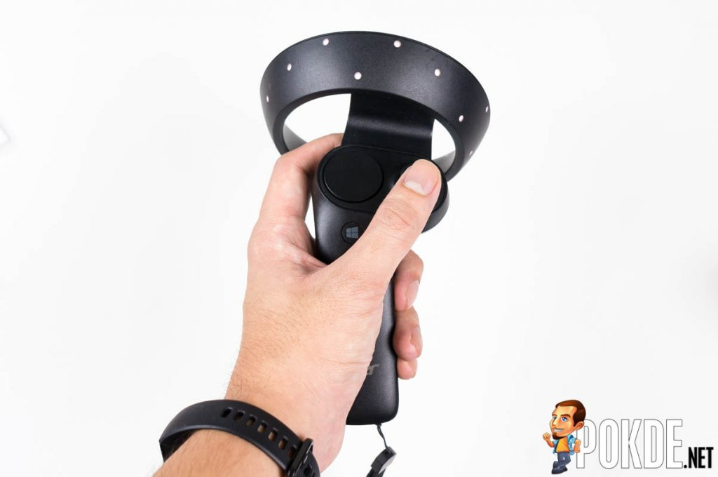 Acer Windows Mixed Reality (WMR) Headset and motion controllers review — a bright blue portal into the virtual world 33
