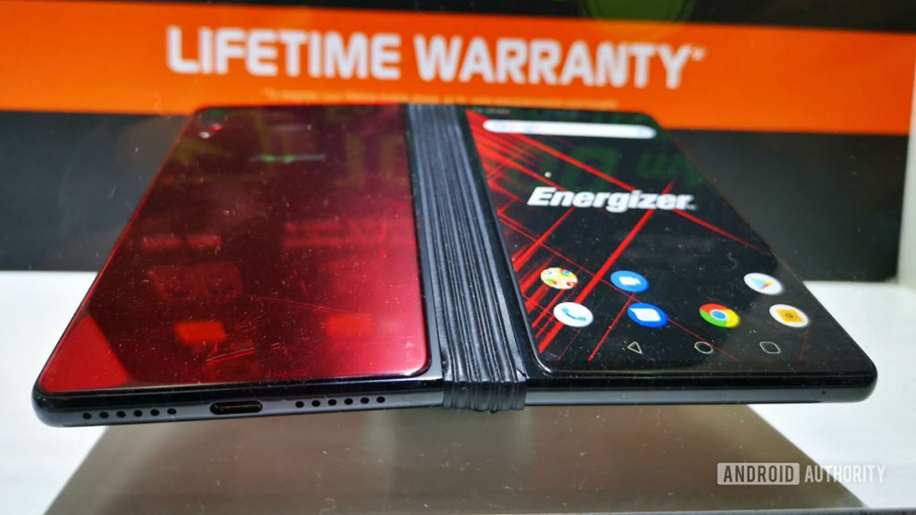 [MWC2019] The Energizer Power Max P8100S may be the best foldable phone shown at Barcelona 24