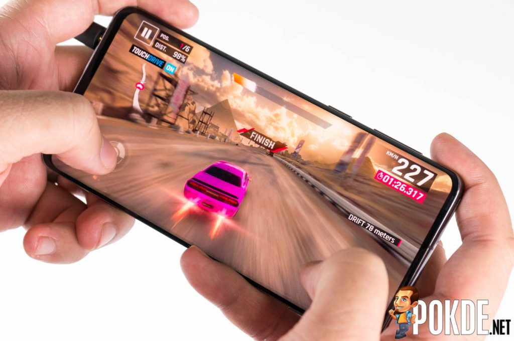 Samsung Galaxy S10 review — the best Galaxy S10 smartphone out there? 38