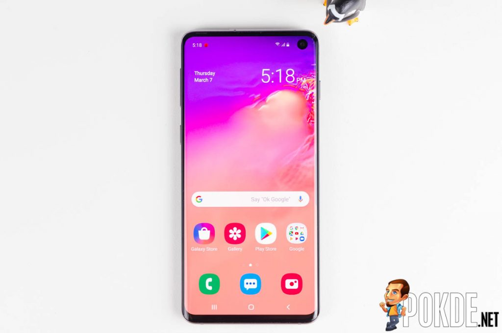 Take the cinema with you with the Samsung Galaxy S10! 23