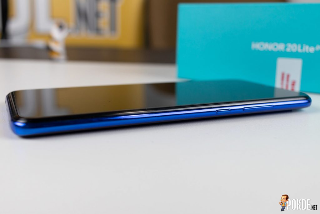 HONOR 20 Lite Review — Triple Cameras For Triple The Fun? 22