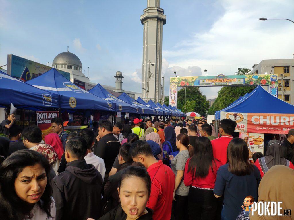 Enjoy TnG's Ramadan Sempoi Bazaar At Kampung Kashless 21