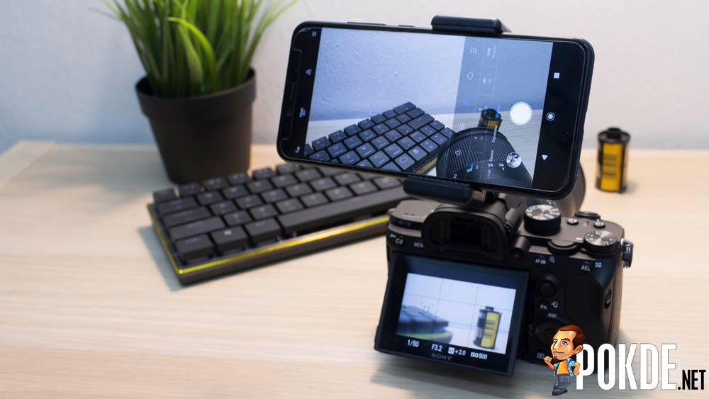 Upgrade your camera with a smartphone 23