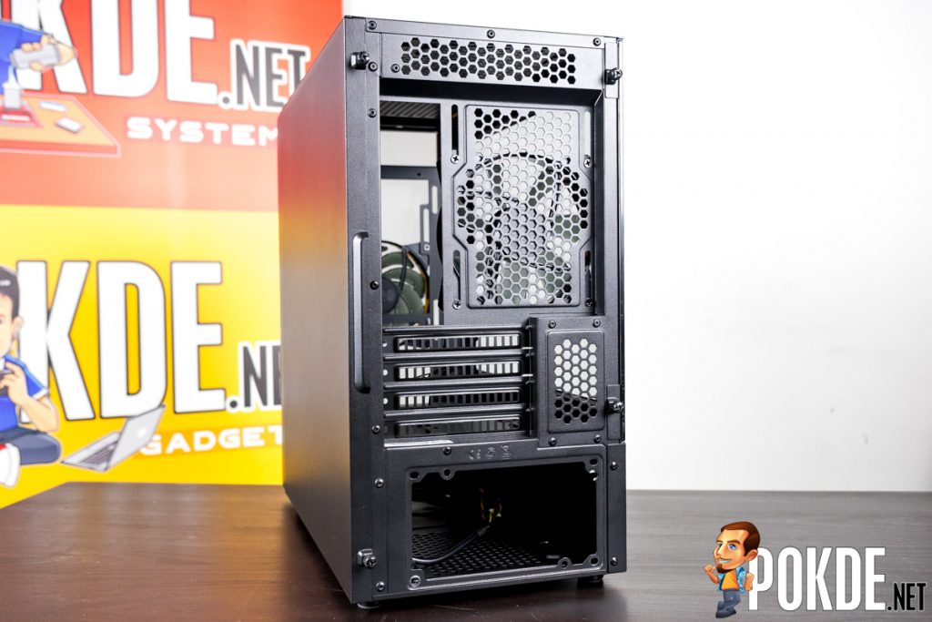Cooler Master NR400 with ODD Review — a clown car of a case! 24
