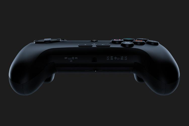 Razer Raion is an Arcade Fightpad for PS4 and PC Gaming 25
