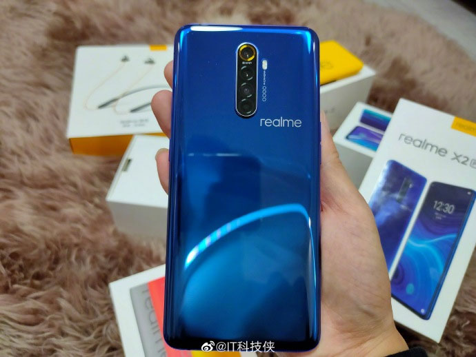 The realme X2 Pro appears in hands-on photos 31