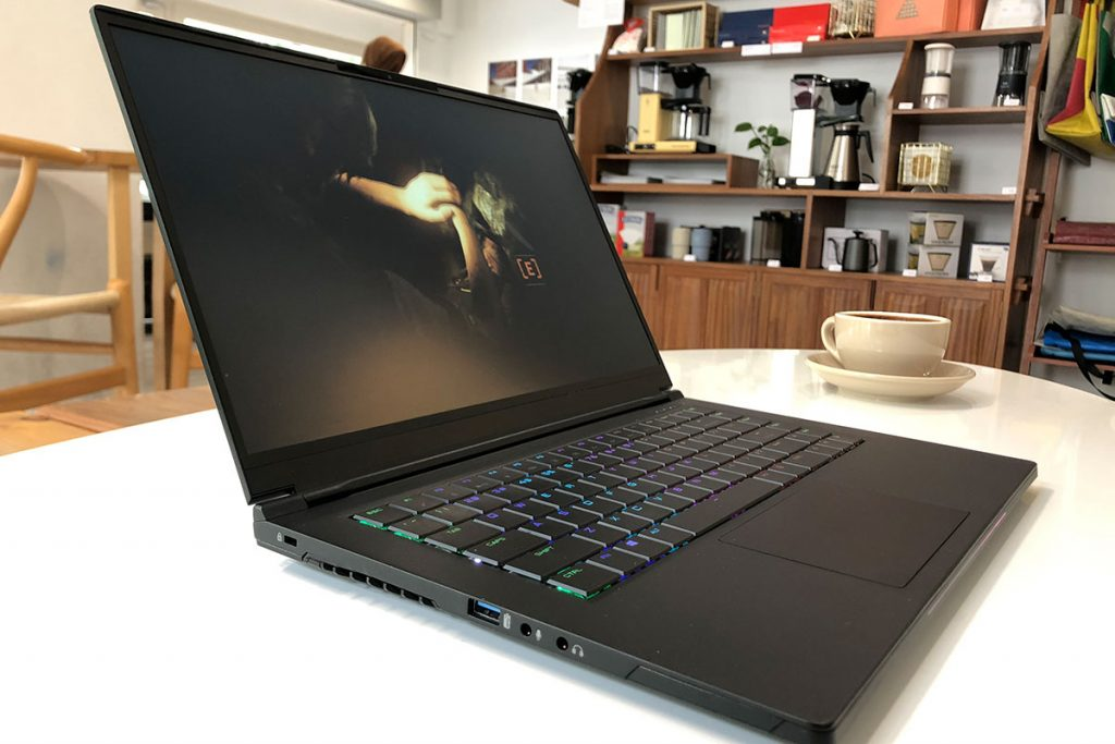 Be amazed by the JOI Amazer GL7000 series gaming laptops powered by Intel and NVIDIA 24