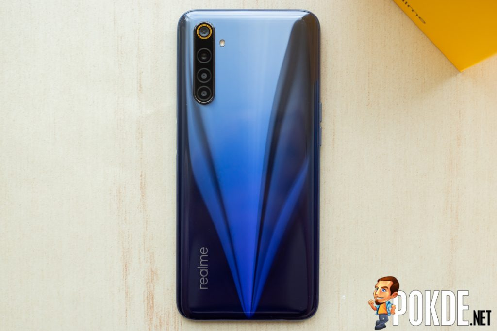 realme 6 Review — enticing hardware, disappointing implementation 23