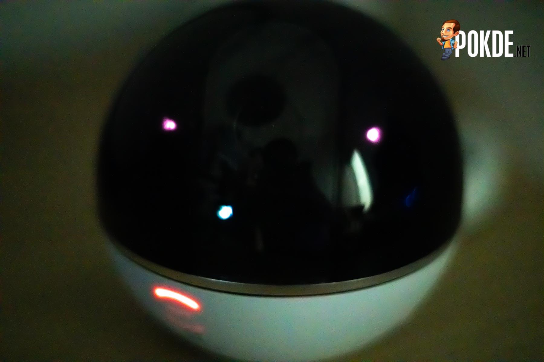 2 infrared LED, Ezviz C6T night vision, record in dark environment.