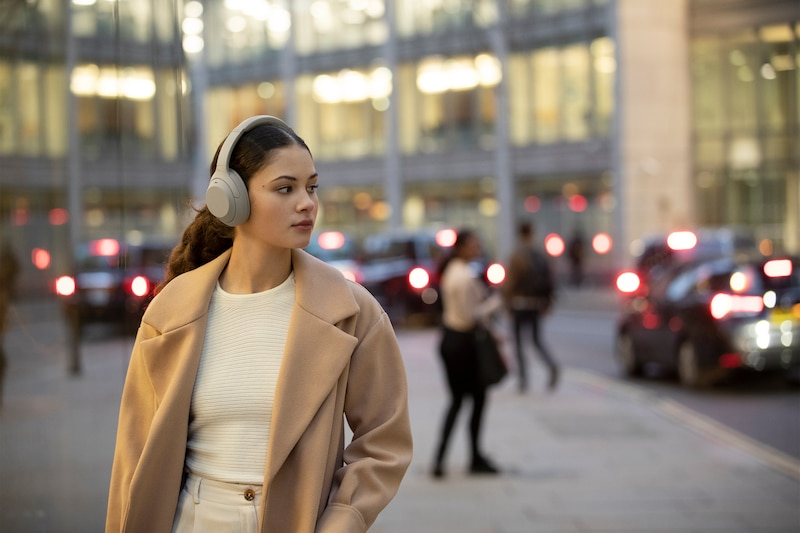Sony WH-1000XM4 Noise Cancelling Headphones Officially Revealed 21
